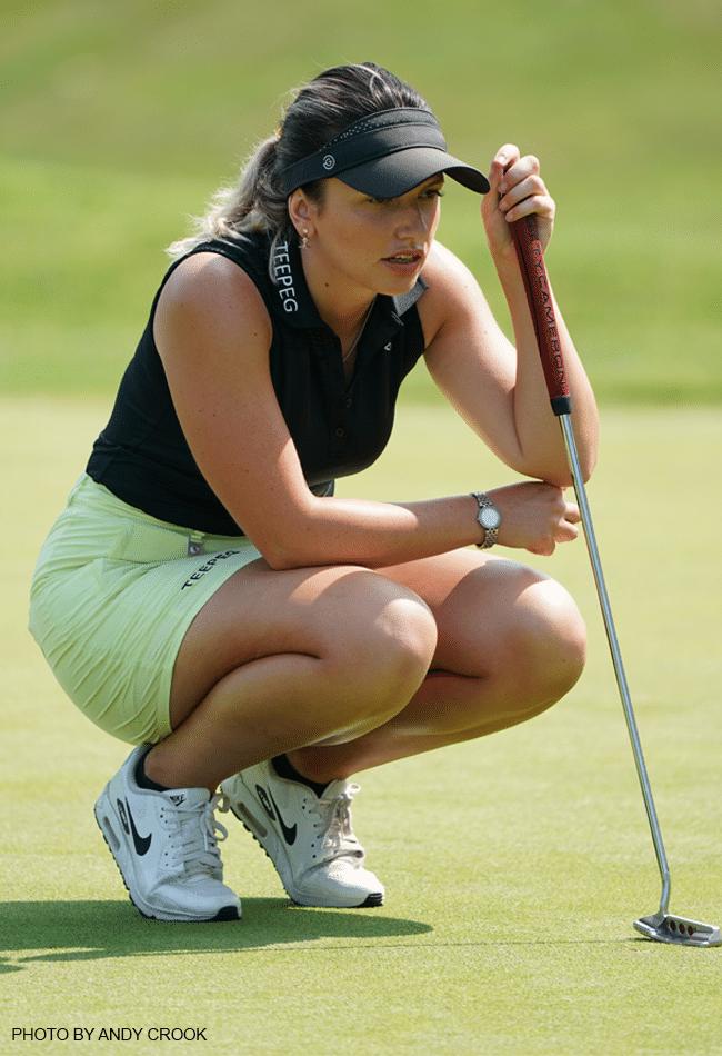 Eugenie Knight wearing Rohnisch